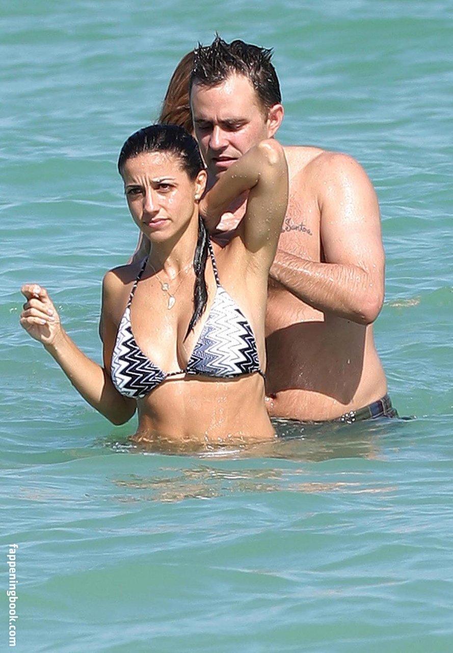 Lonstein nackt Shoshanna  Celebrity Nudes