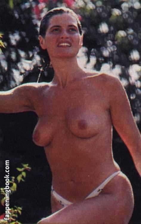 Simona Ventura Nude