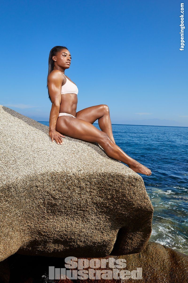 Simone biles naked