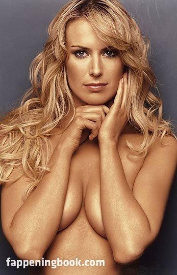 Nackt  Elin Hugoson Swedish Actress
