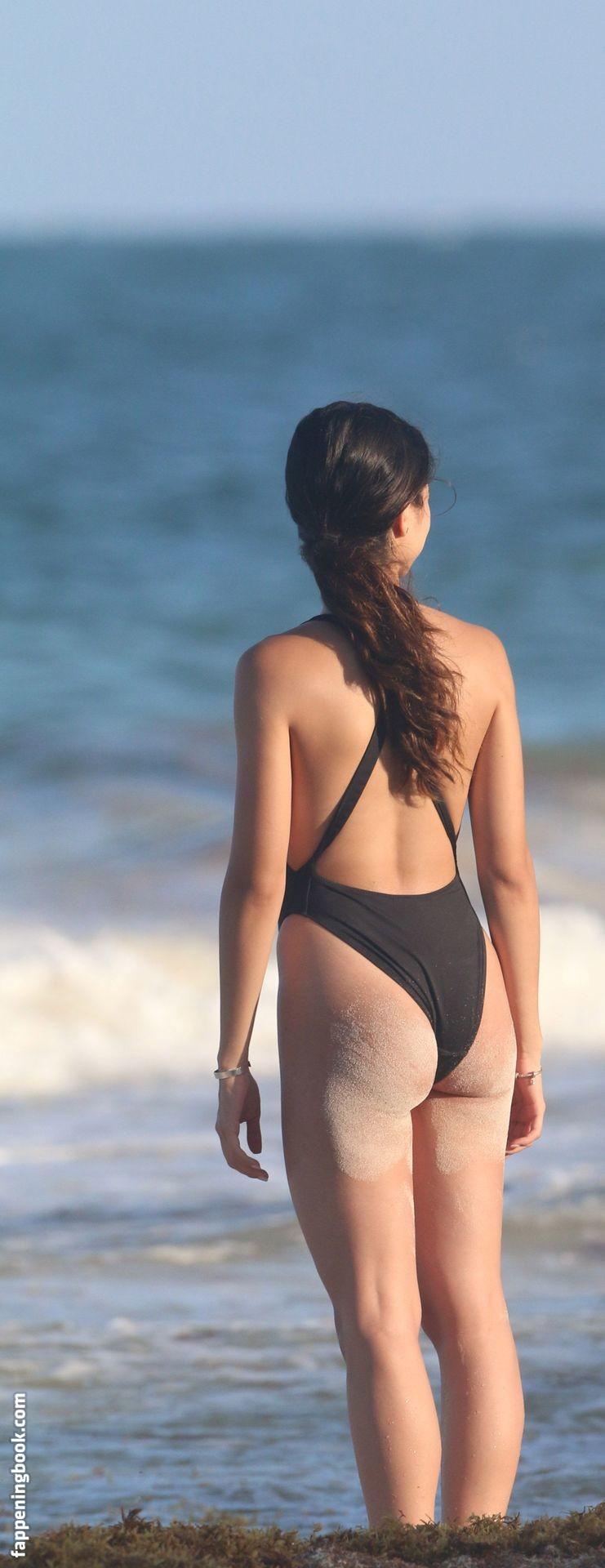 Sofia Toache  nackt