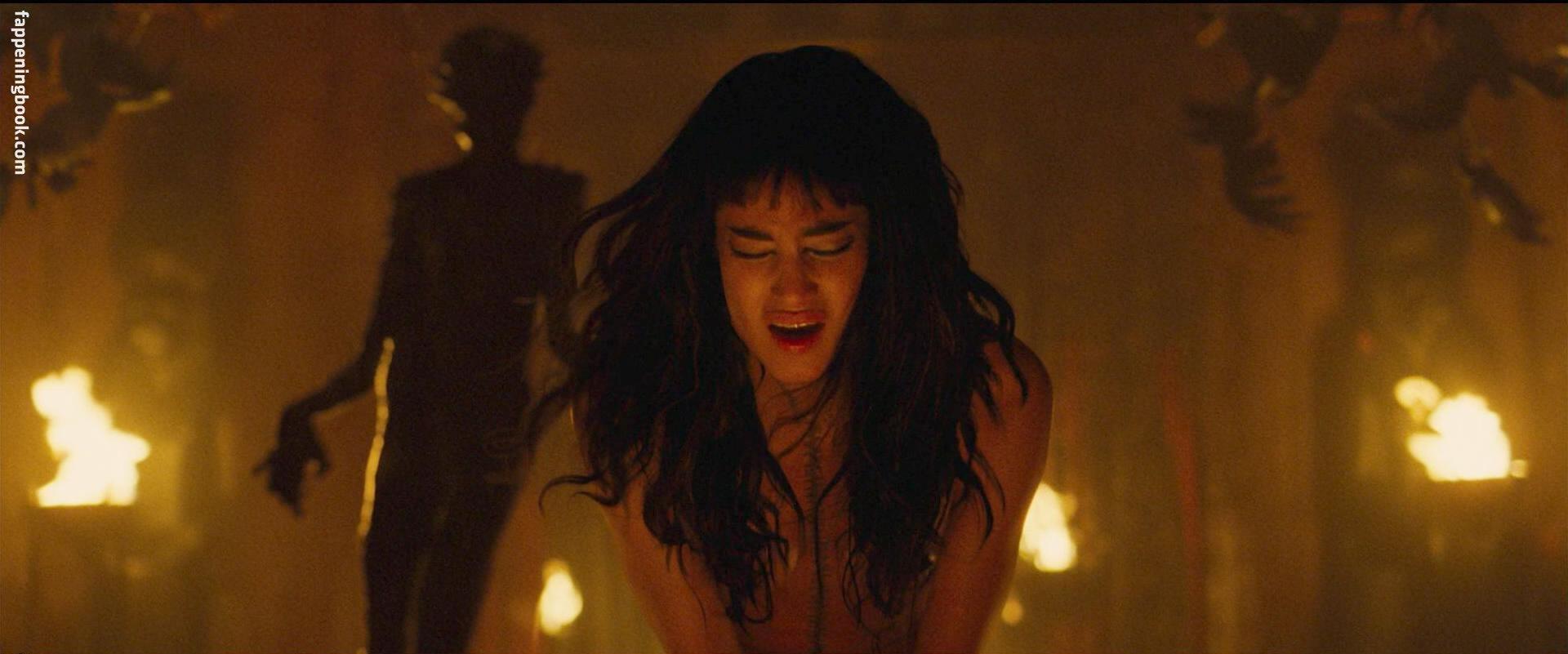 Sofia boutella naked