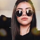 Nackt  Sofia Solares Selena Gomez's