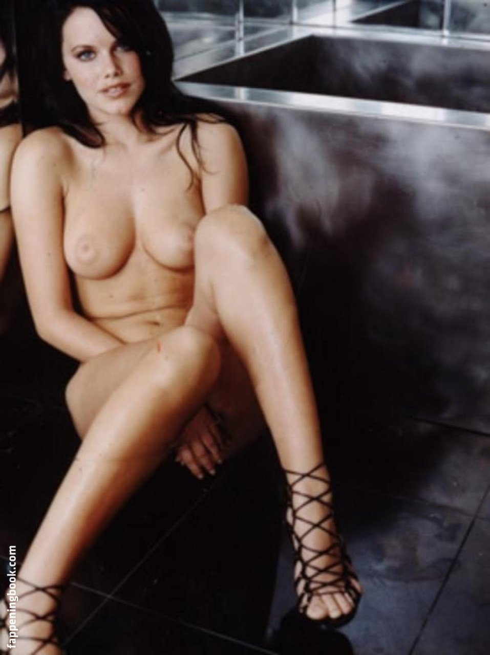 Boling  nackt Lexi Model: Lexi