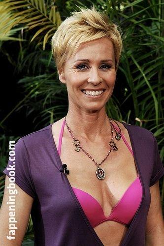 Sonja nackt zietlow Sonja Zietlow