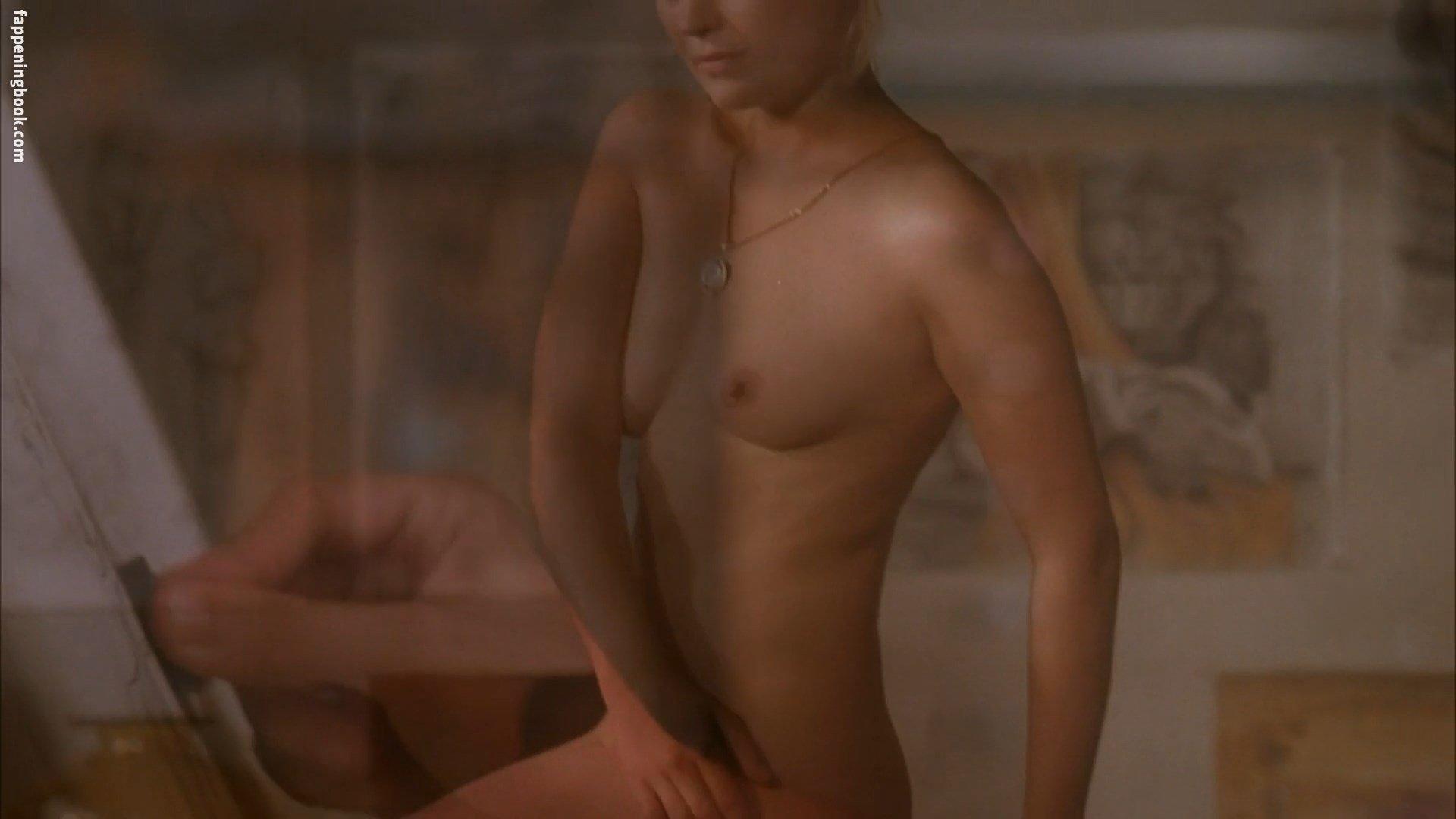 hot naked biracial pussy
