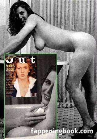 Kathy Tinder  nackt