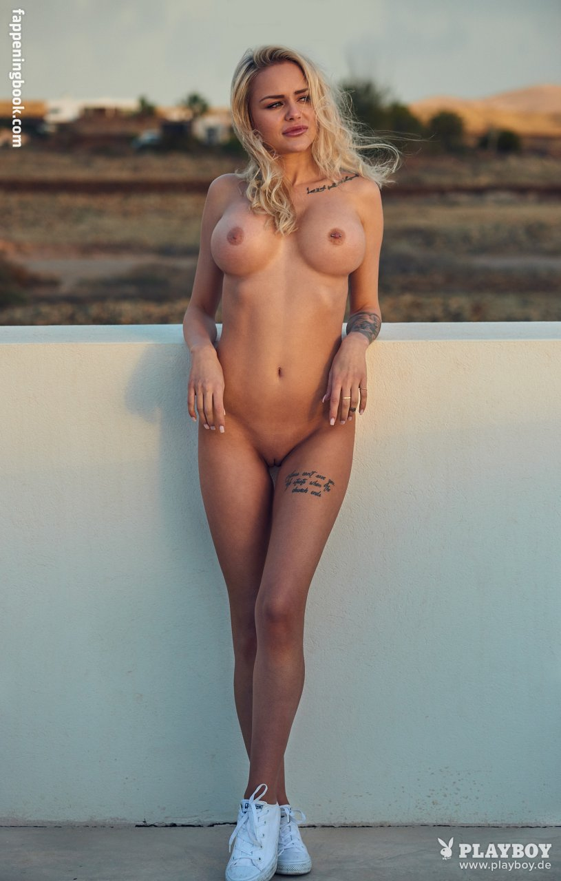 Nackt  Christina Lago Christina Ricci