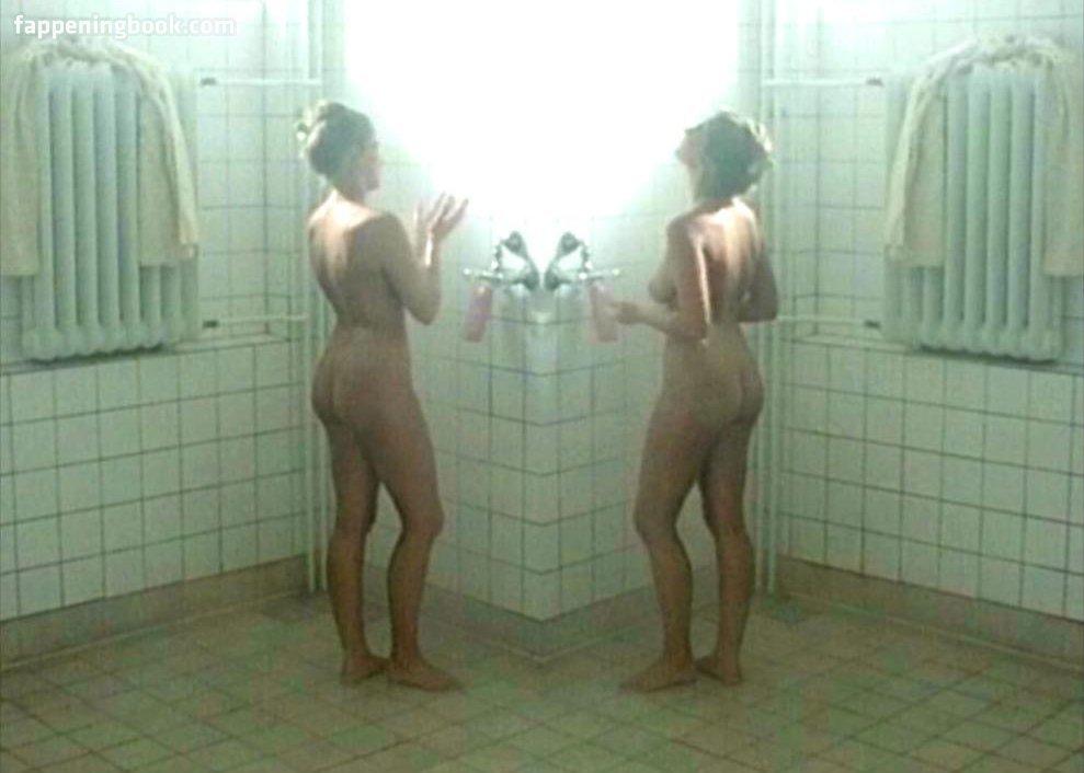 Schütt nackt sophia Sophie Schütt