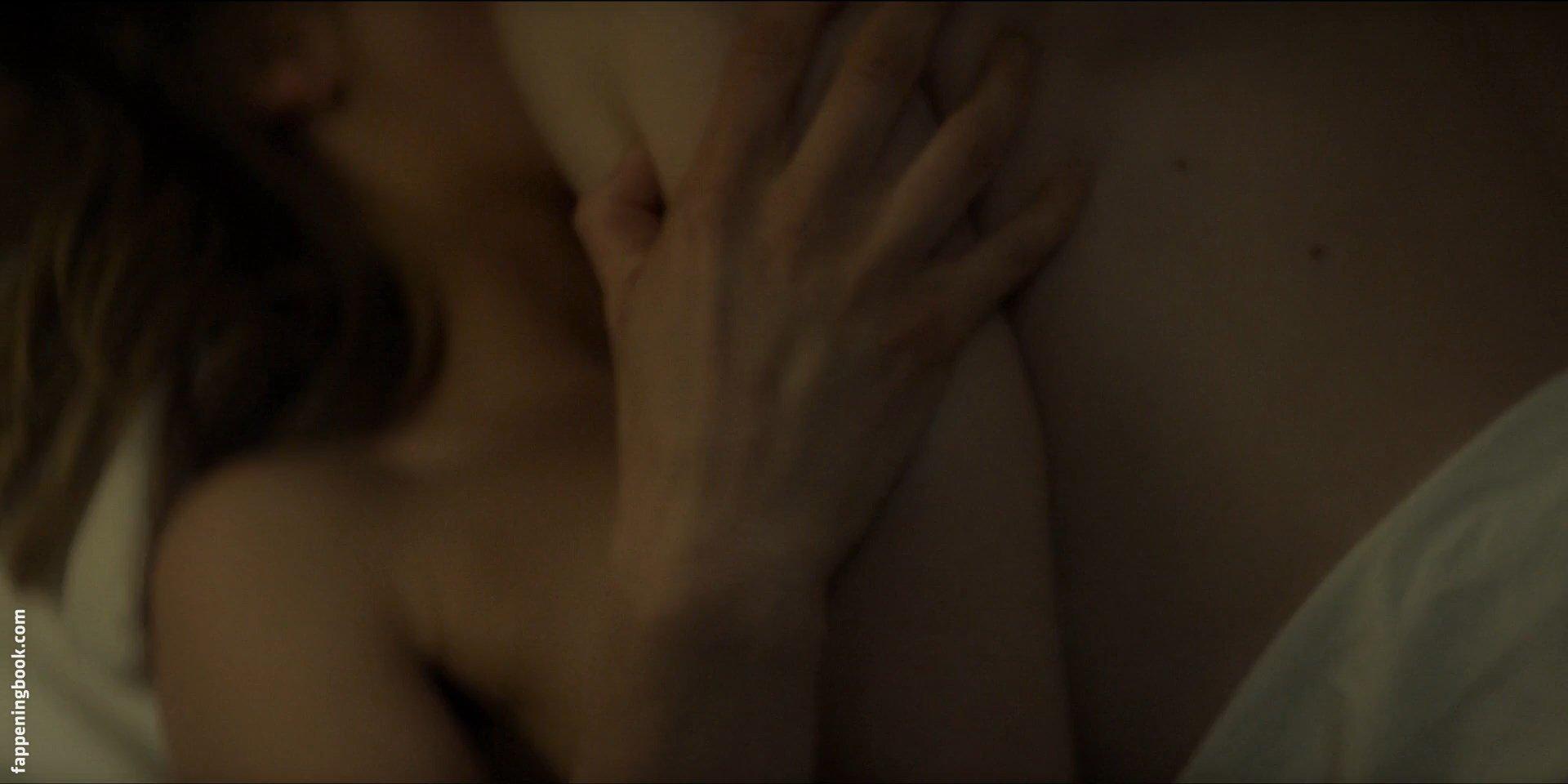 Stefanie martini nude