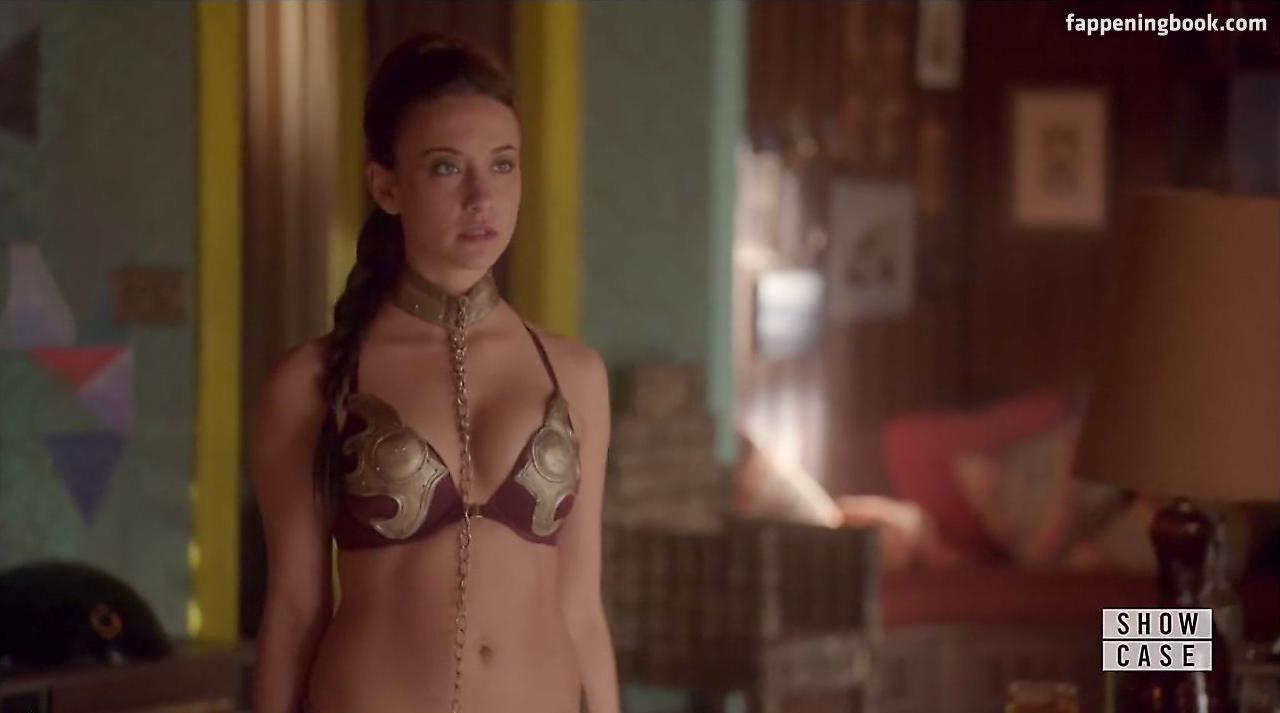 Stella Maeve Nude
