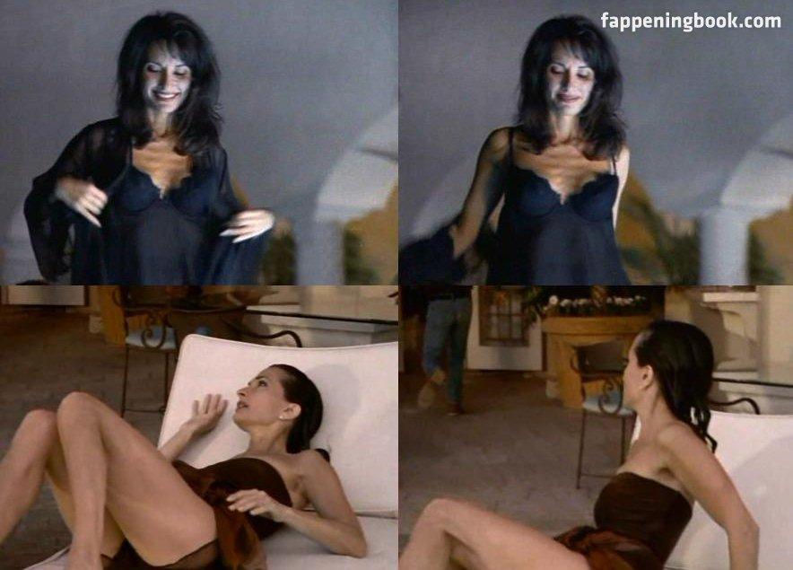 Corinna Laszlo  nackt