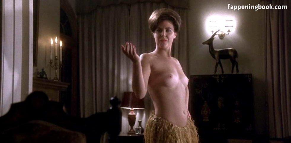 Susie Ann Watkins  nackt