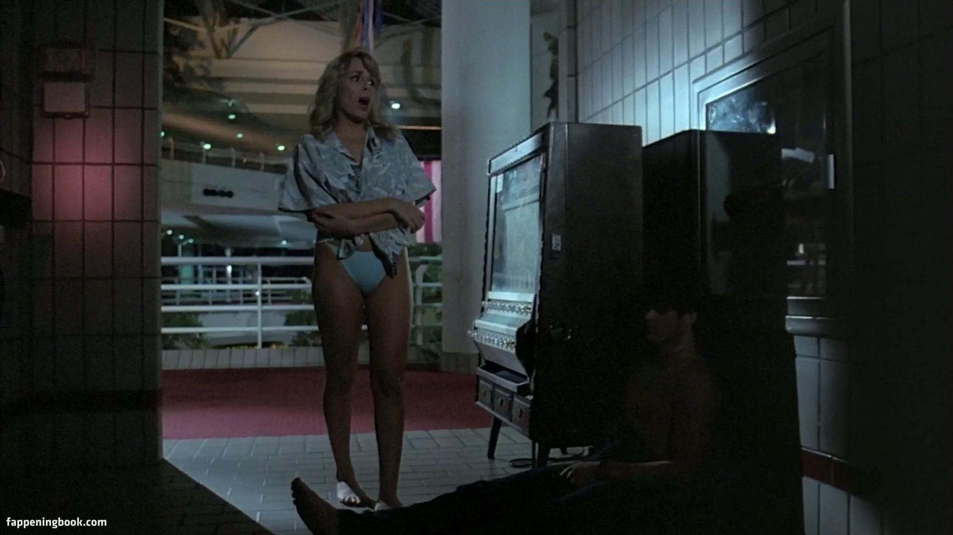 Suzee Slater Nude