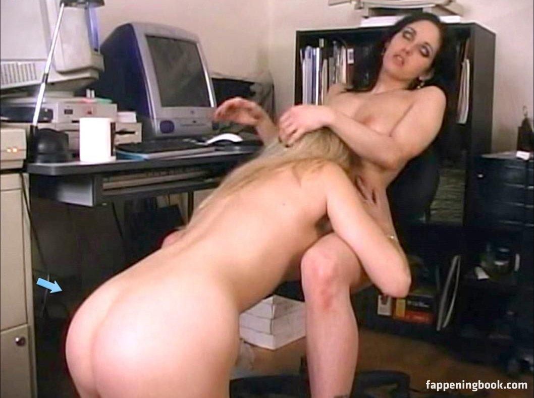 Suzi Lorraine Nude