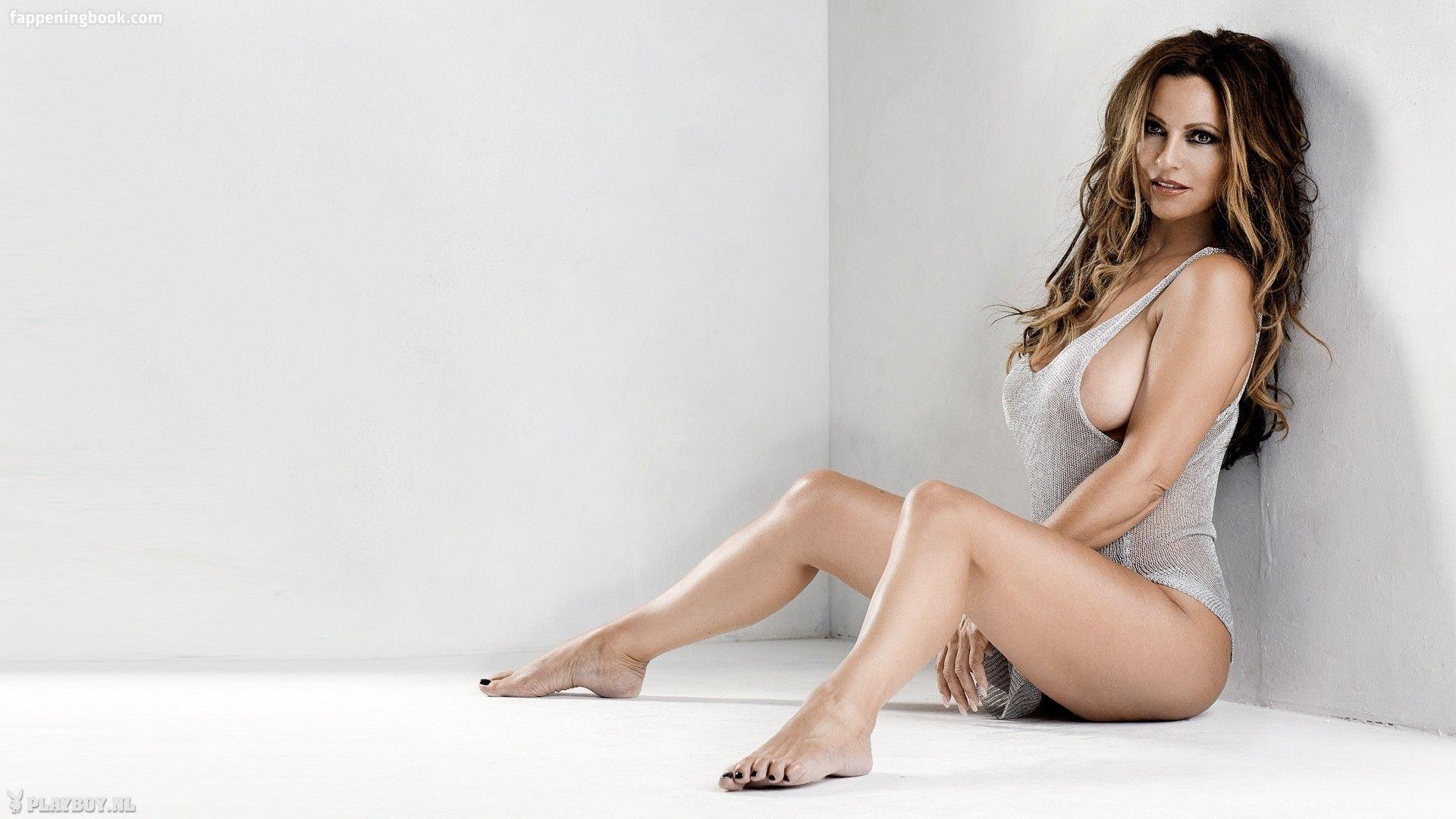 Leigh Feldpausch  nackt
