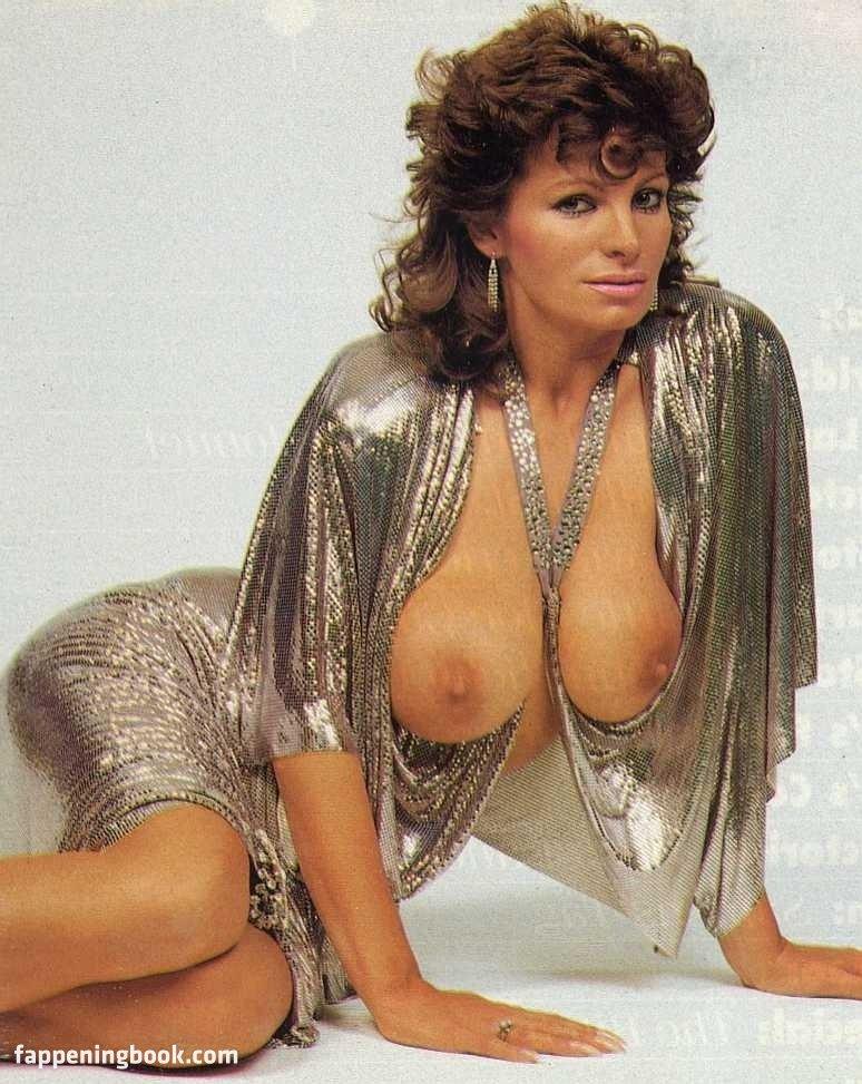 Teresa Orlowski Nackt