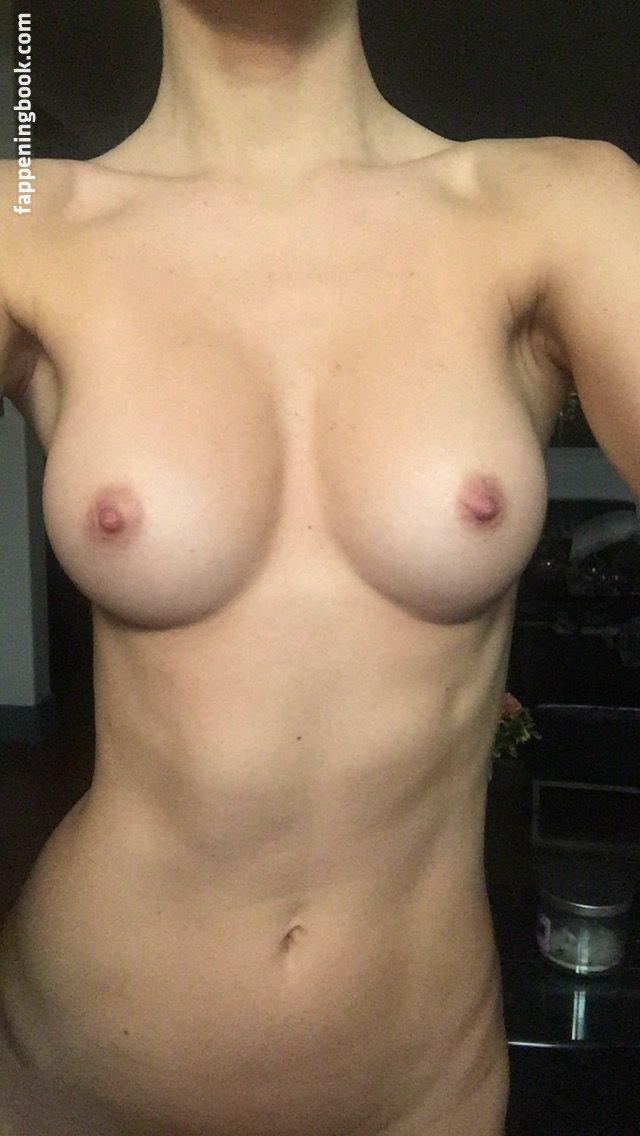 Tinker Taylor  nackt