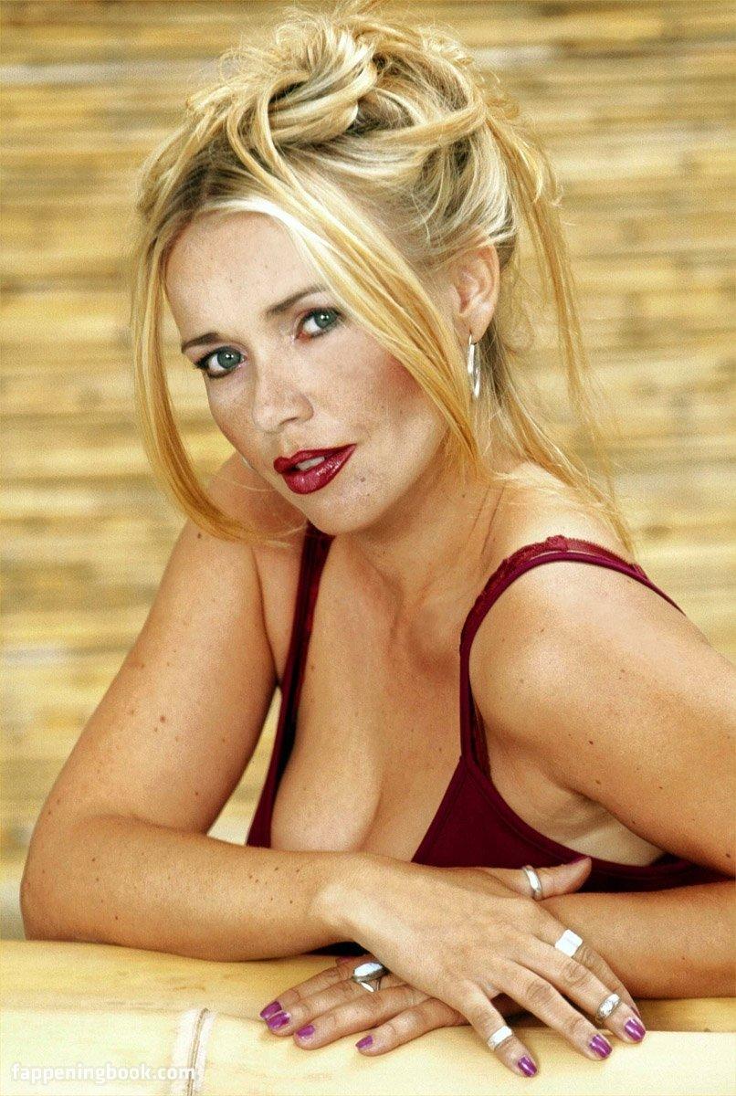Sex Nude Playboy Dessous Png