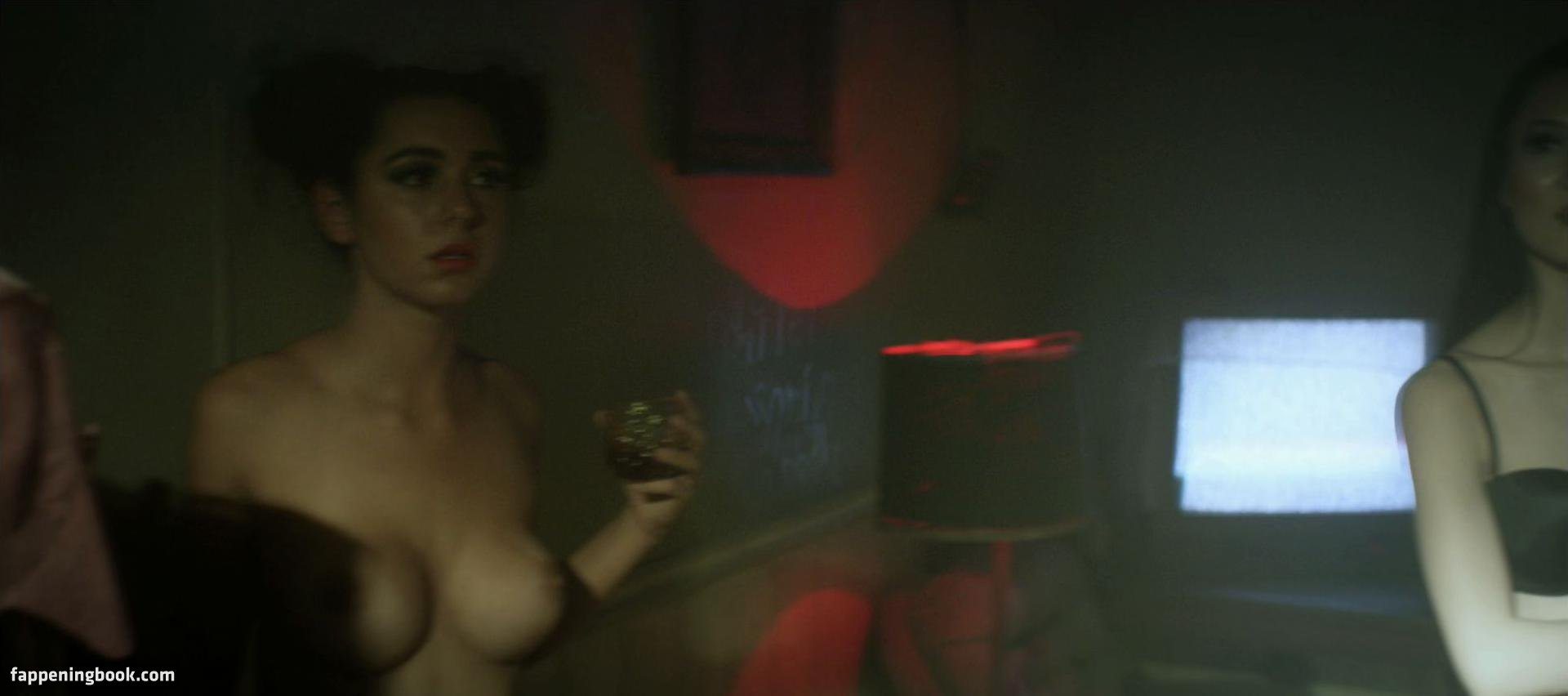 Nackt Tissiana  de Lara Nackt Pics