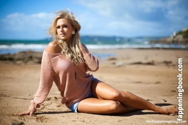 Tonia Couch Nude