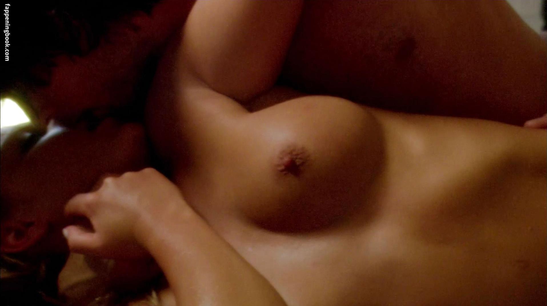 Erotic traveler naked pearls