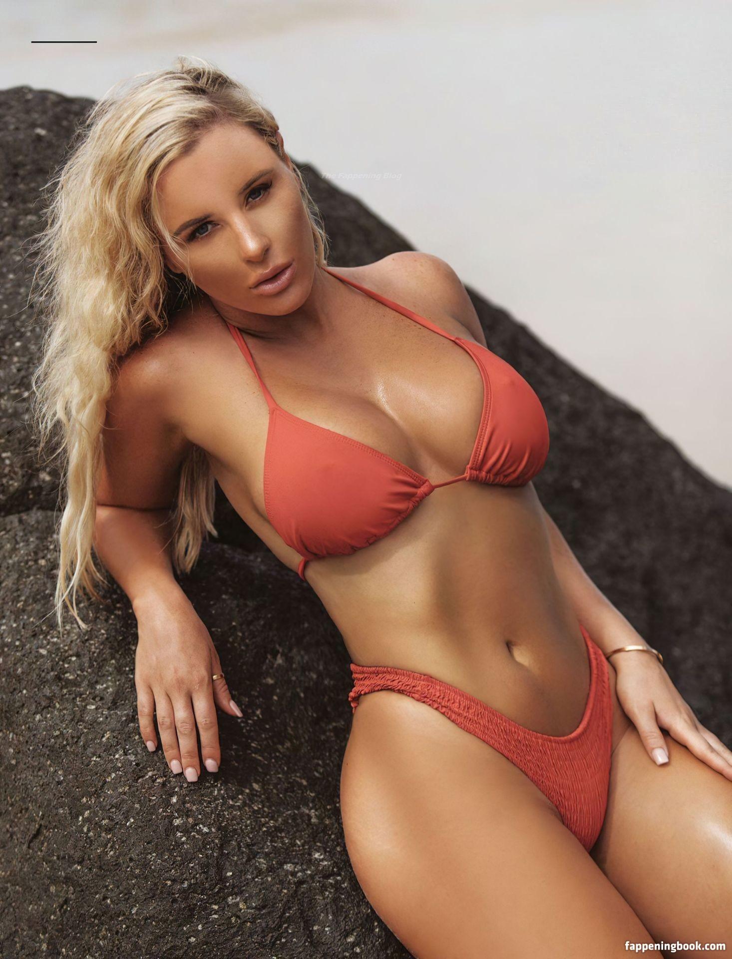 Tyana Hansen Nude