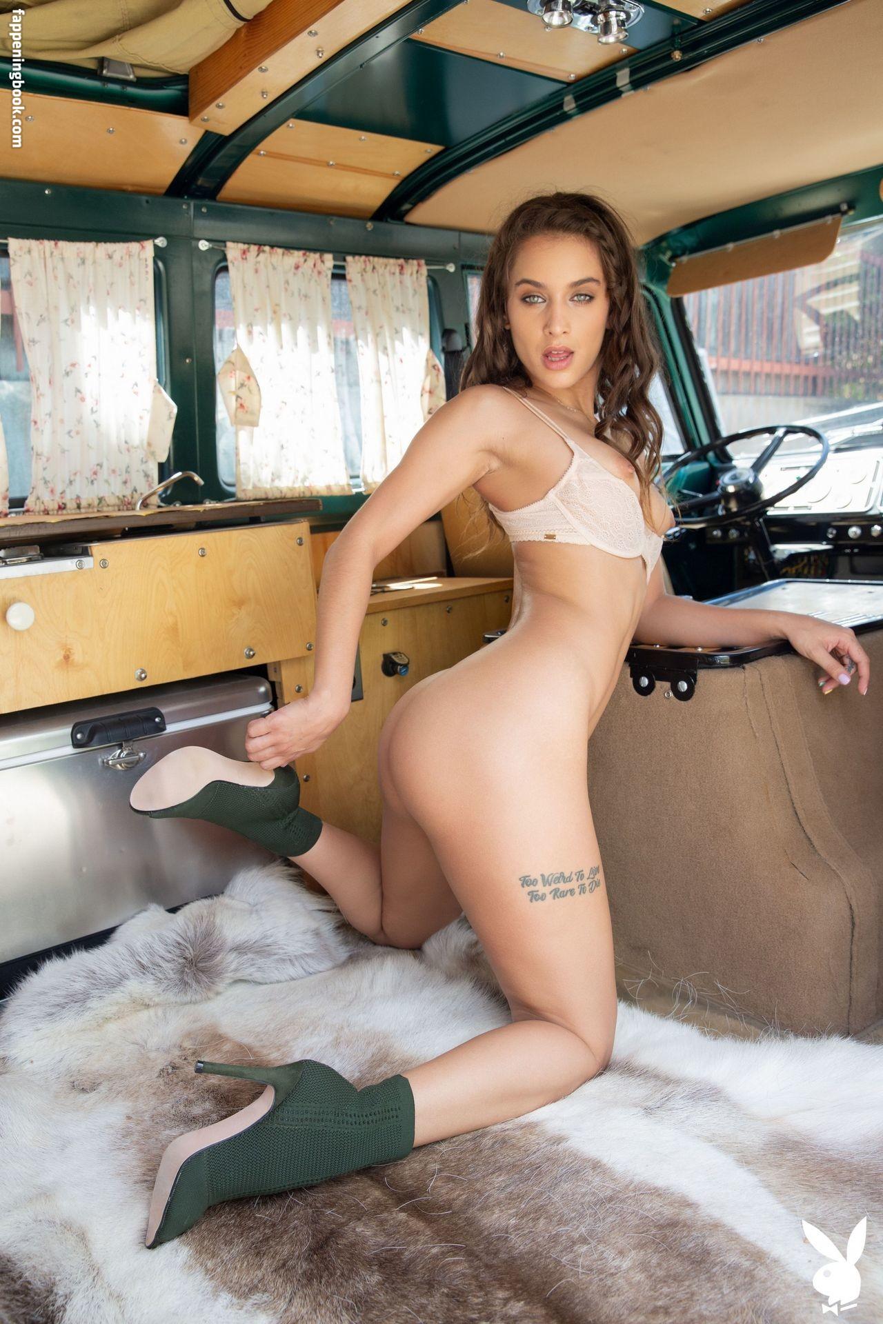 Jolie  nackt Uma Uma Jolie