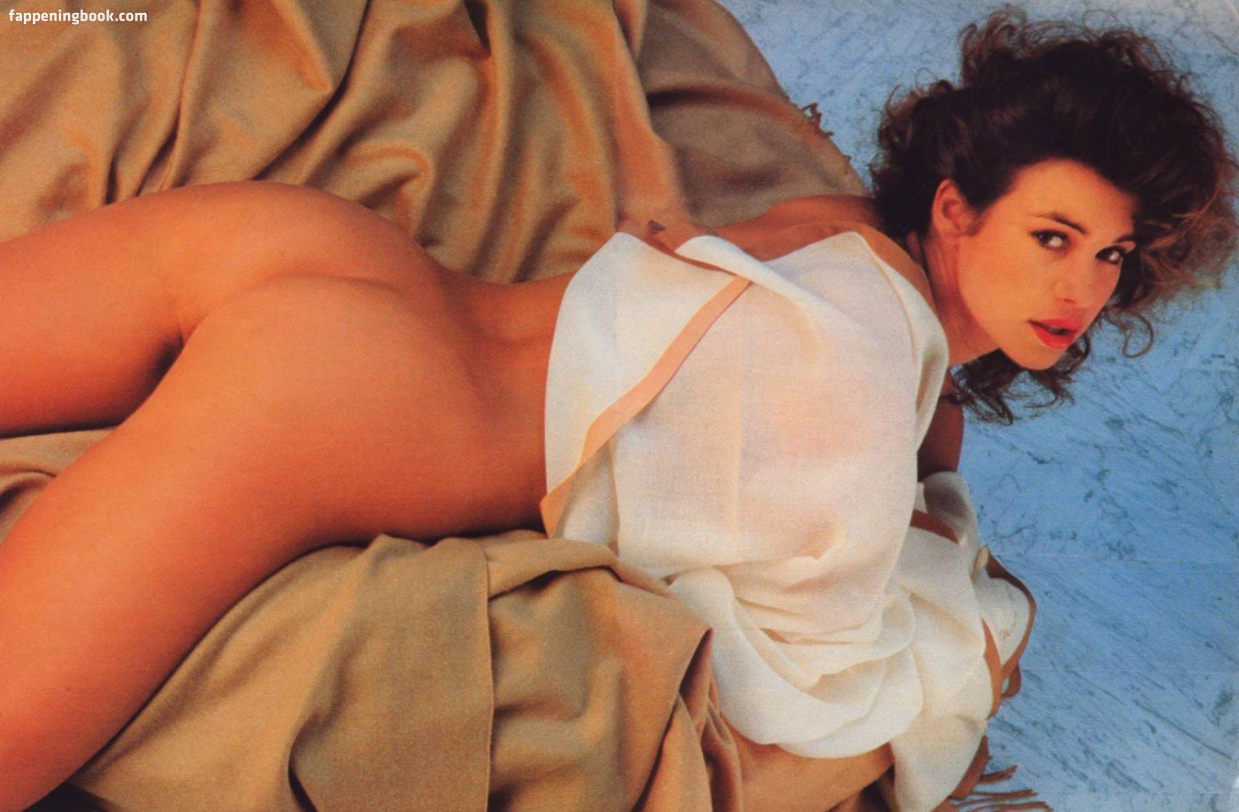 Valerie nackt