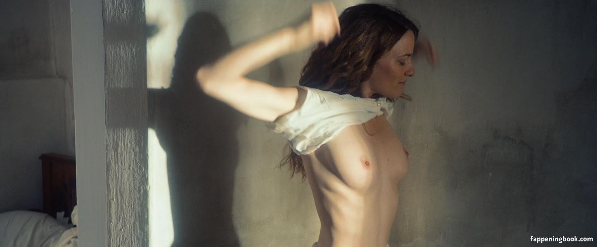 Johannesson  nackt Mona 49 hot