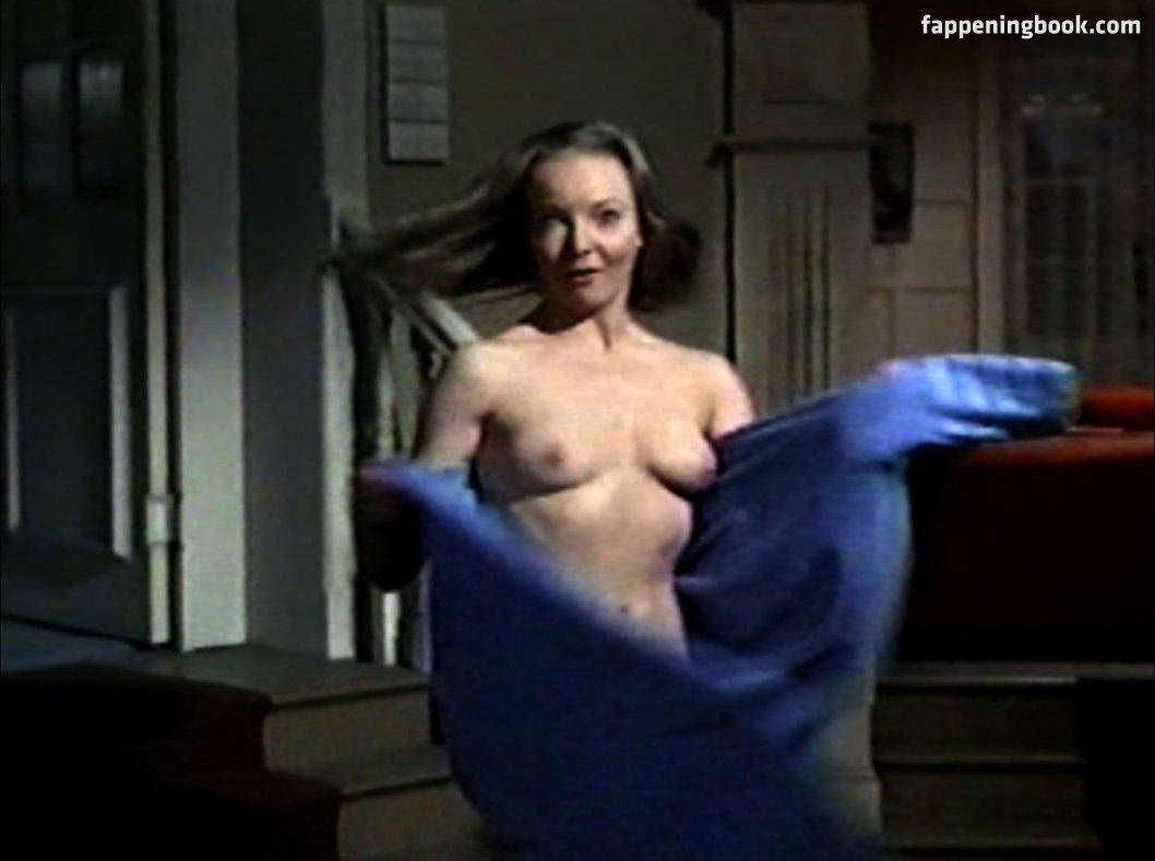 Valerie Wallace Nude