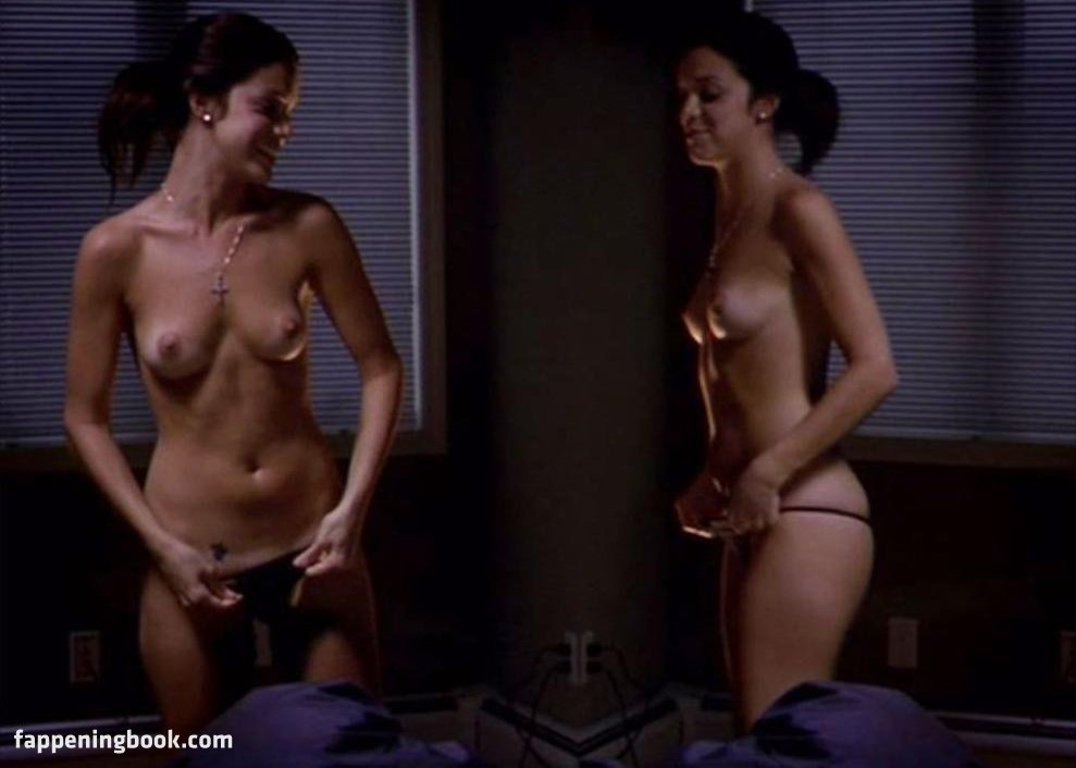 Vanessa Ferlito Nude Pics