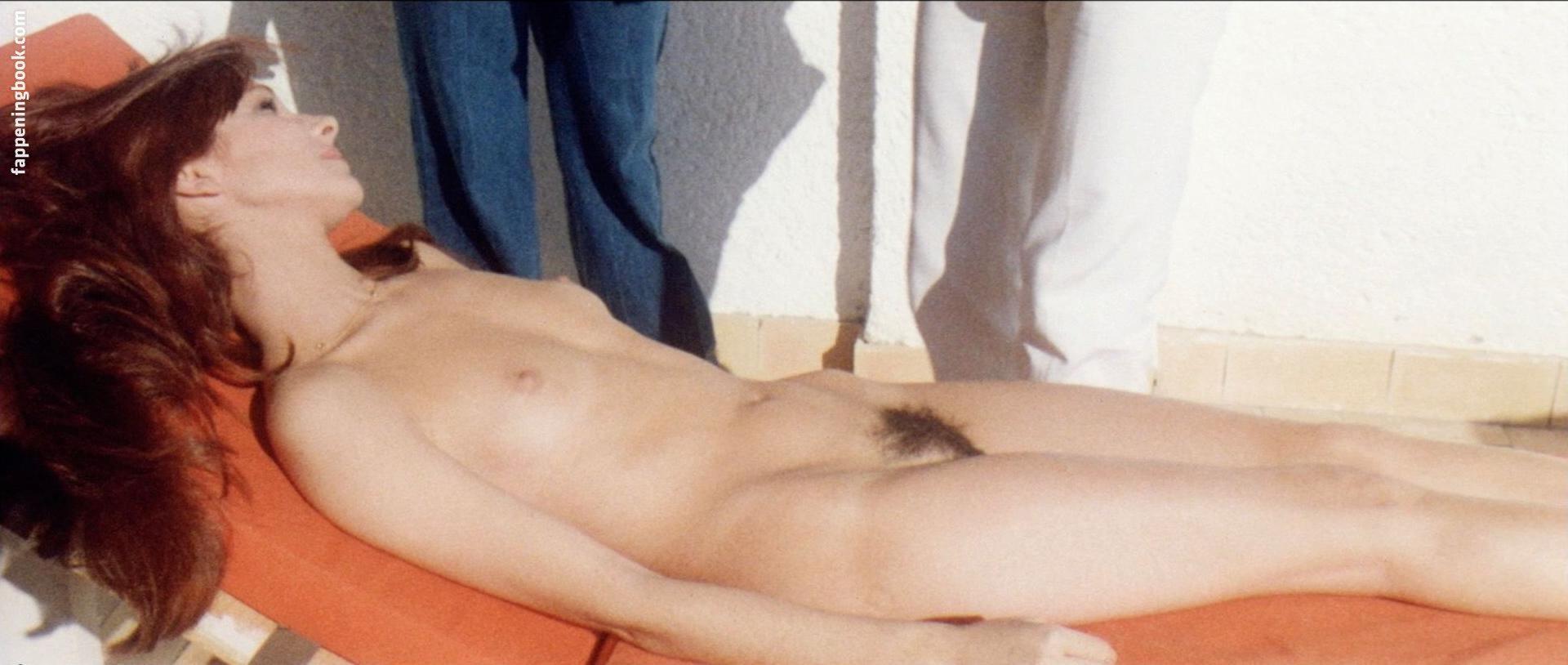 Nackt  Anni-Frid Lyngstad skratta gott