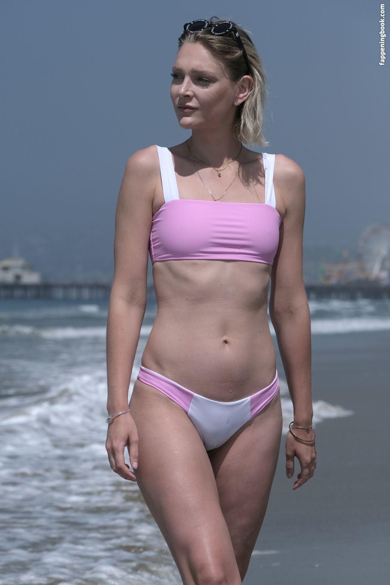 Rau  nackt Amanda Amanda Raus