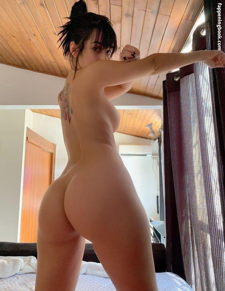 Vita Celestine Nude