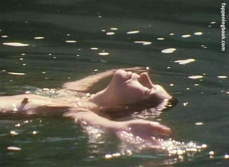 Wendy Crewson  nackt