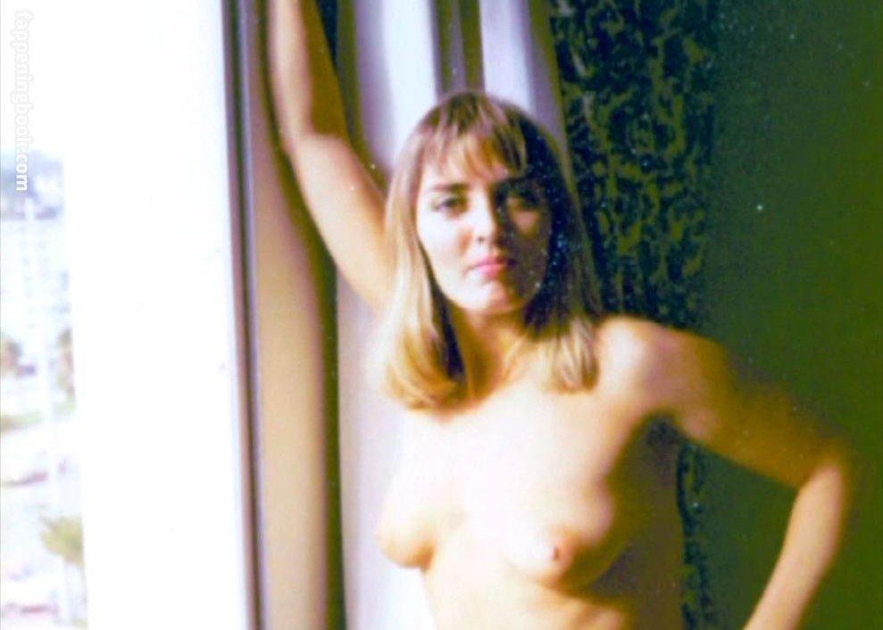Penelope nackt Fortier Stream Penelope