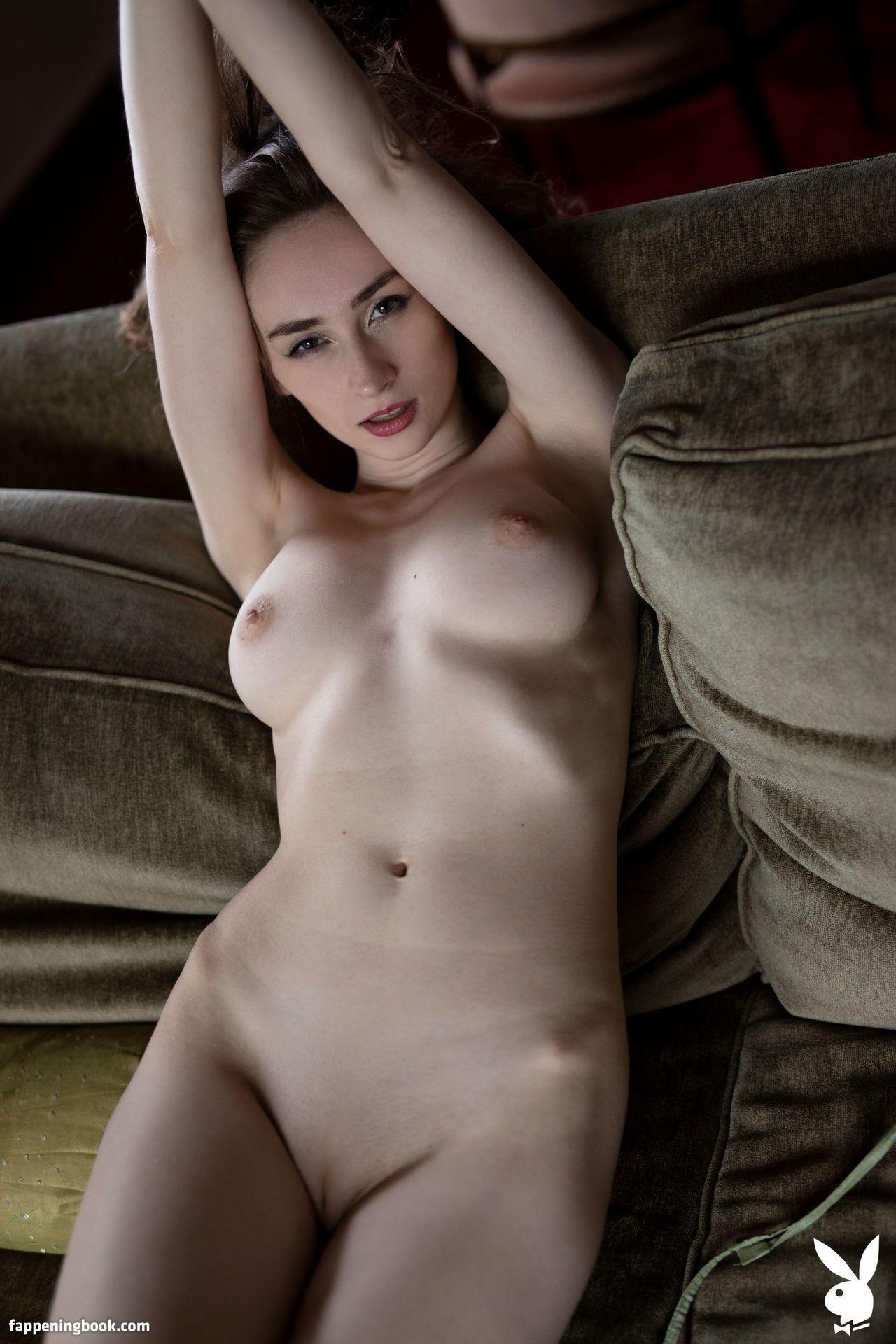 Daft nackt Stephani  Dirty Casting