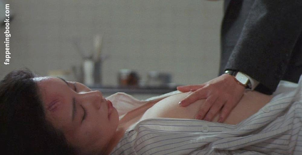 Yoshi'e Ôtsuka Nude