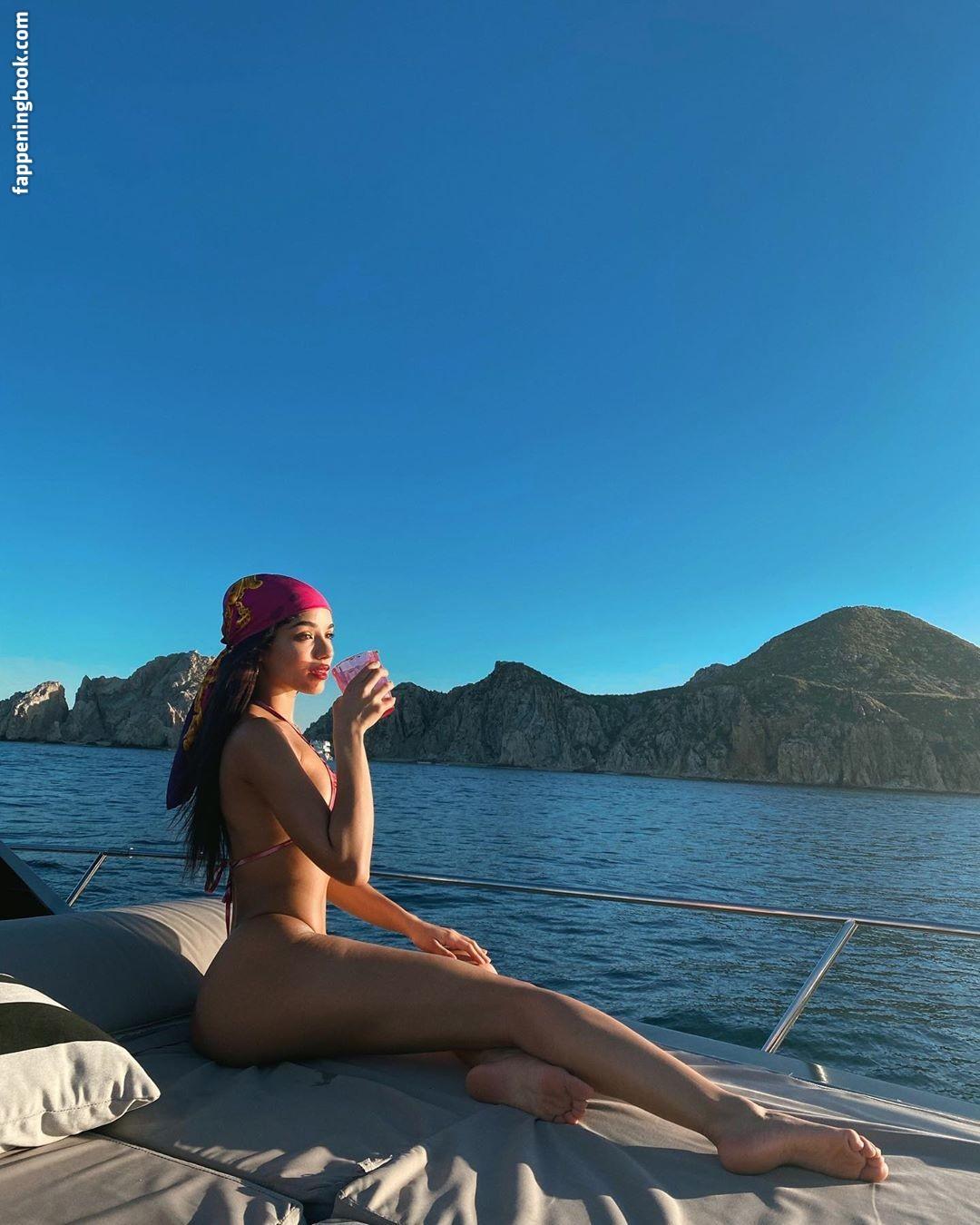 Yovanna Ventura Nude