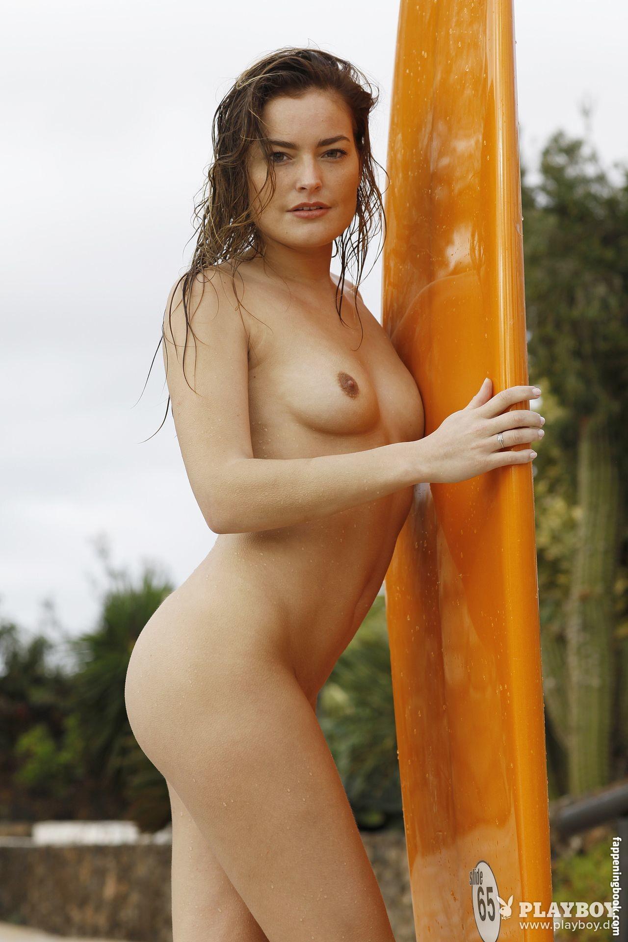 Jessica Osfar  nackt