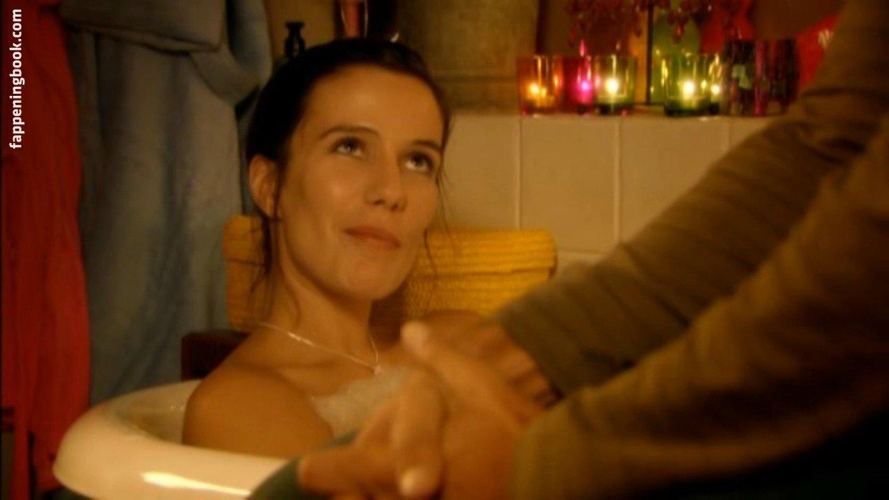 Letitia nackt Farrell 41 Sexiest