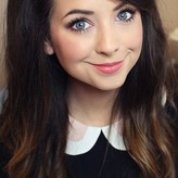 Zoe Sugg Nude, Fappening, Sexy Photos, Uncensored