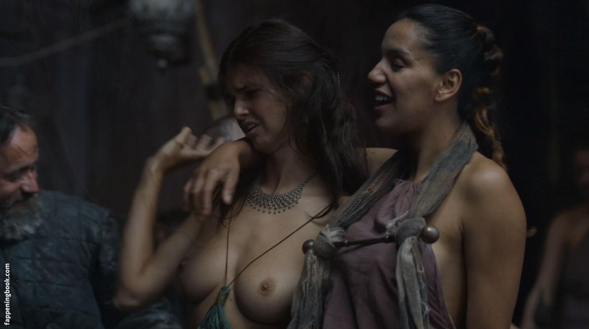 Amelia Meyers  nackt
